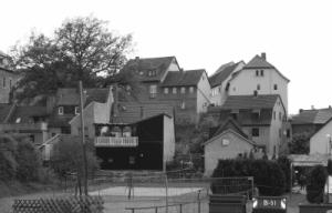 Kahla/Töpferstraße: Sommer 2012 Fussball mit mehreren Dutzend Neonazis